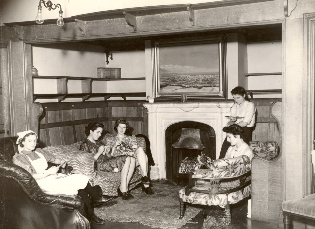 AHPH 1_3_31 A nurses' sitting room in Trumpington Street, c1925