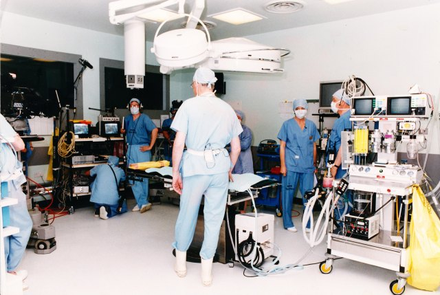 An even more crownded theatre during filming of Hospital Watch 1995